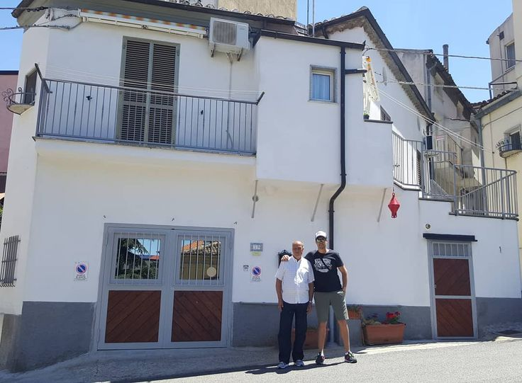 La casa donde nací en 1950 en San Demetrio Corone. Calabria  _  #peperoncino #c...