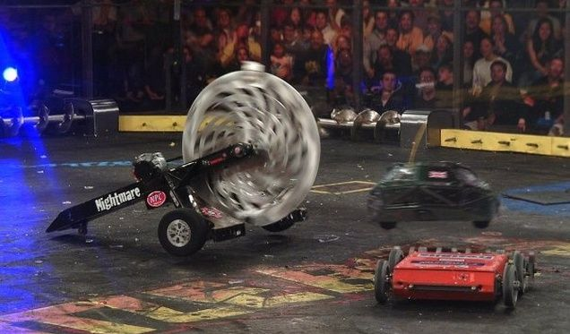 Oh hell yes: BattleBots is coming back to TV. This summer, homemade robots will ...