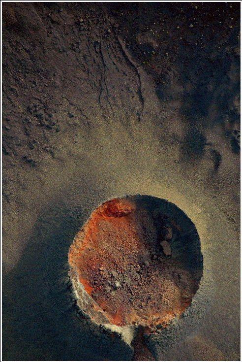 Piton de la Fournaise vu de haut, Ile de la Réunion |http://mesphotosderun.ha...