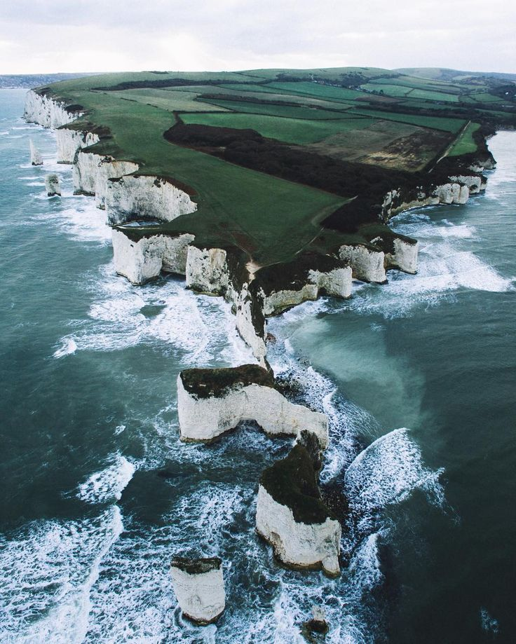 Ryan Sheppeck is a talented outdoor photographer and traveler based out of Yorks...