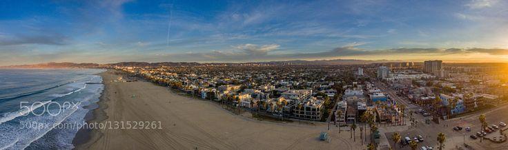 Venice Beach by Barisparildar