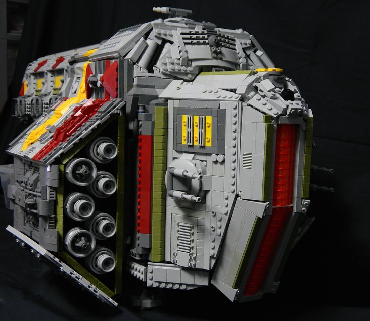 flic.kr/p/ym8zuZ | Ravager Hive (Engines) | She's finally done! With fifty minut...