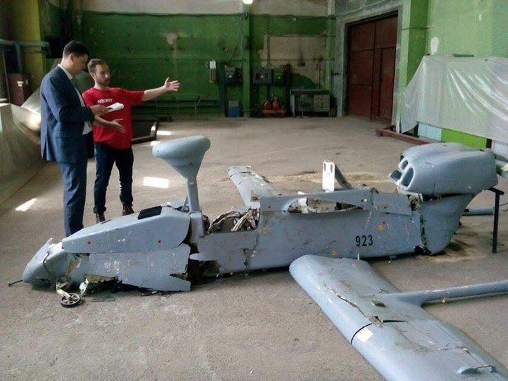 Russian FORPOST UAV shot down in eastern Ukraine m.youtube.com/watch