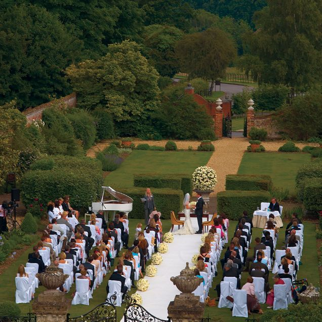 An aerial photograph of the wedding ceremony at Four Seasons Hotel Hampshire.