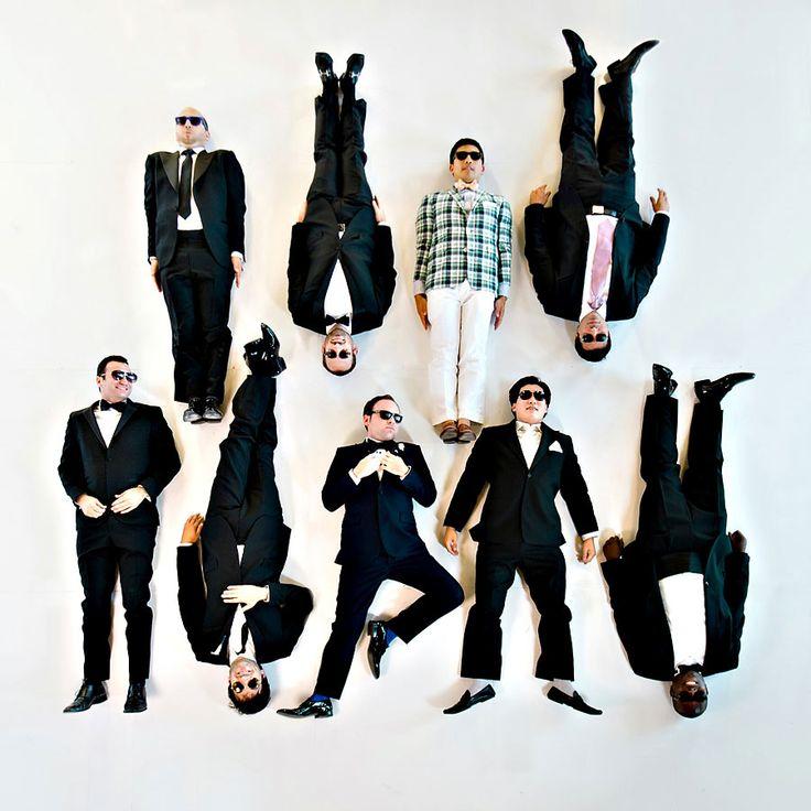groomsmen photo ideas | amazing wedding photo of groom with groomsmen | OneWed.com