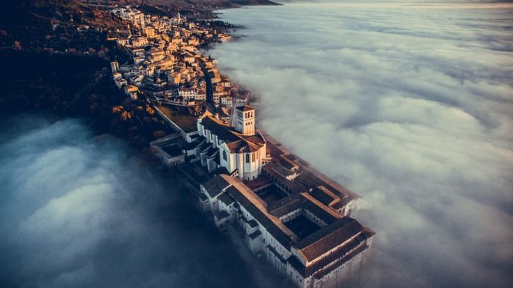 People Drone Photography : Got what it takes to be one of the best drone photographers in the world? These people do.