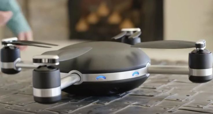 People Drone Photography : One of the biggest drone stories in 2015 was the unveiling of the Lily drone ww