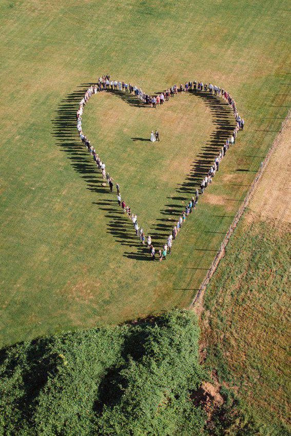 Drone wedding photography reaches new heights of creativity. #dronephotographyideasandtips