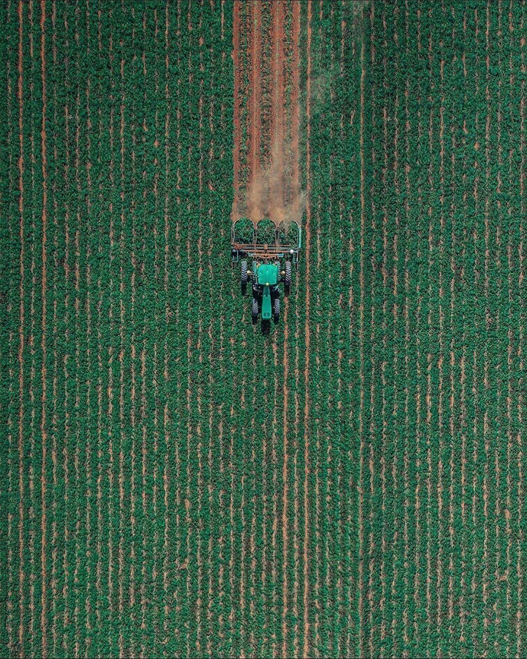 """♾ Top Down Drone Shots ♾ on Instagram: """"Happy Thanksgiving 🦃🍽🍁 Sounds fitting to have the Farming theme run for Thanksgiving! What are your plans today? ————————————————————— 🌅  …"""""""
