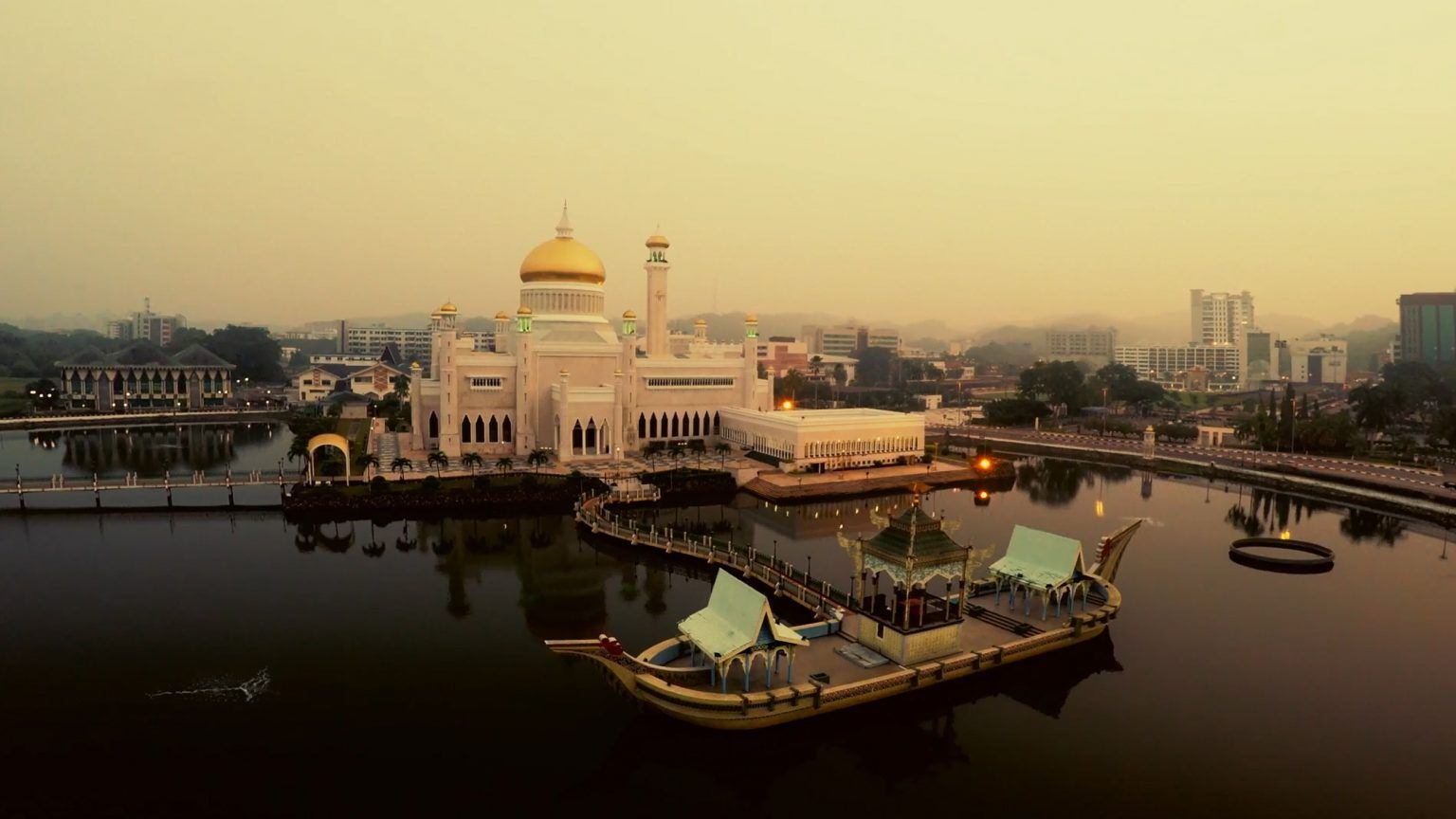 Corporate videography_Interview video_professional videographer_Aerial videographer_drone videos_Brunei mosque | Tuckys Photography