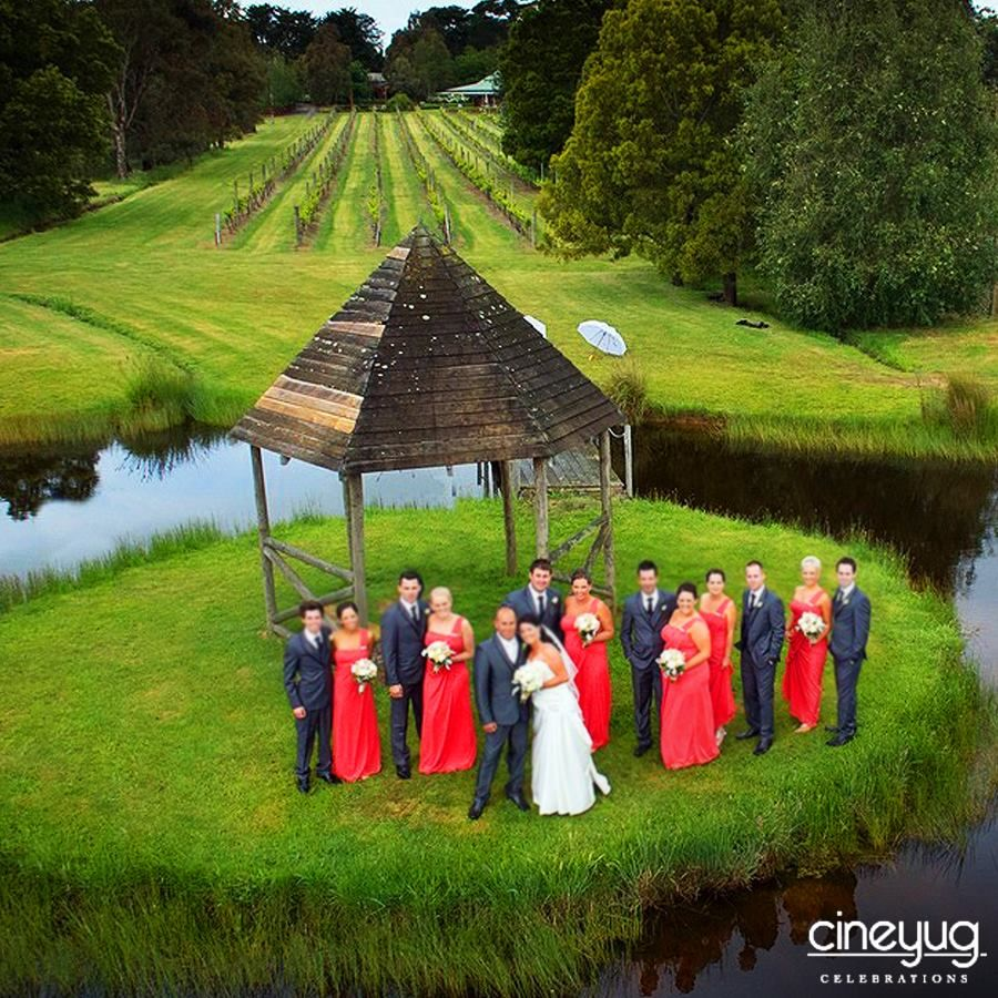 How about a wedding photography from a bird's eye? Check out this trending Dro...